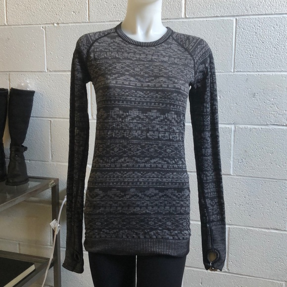 lululemon athletica Tops - Lululemon black l/s texture top sz 8 60958